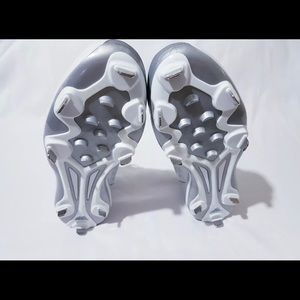 adidas Shoes - Adidas power alley baseball cleats size 13